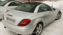 SLK panoramic roof spied