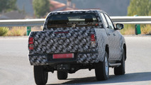 2016 Toyota Hilux spied for the first time