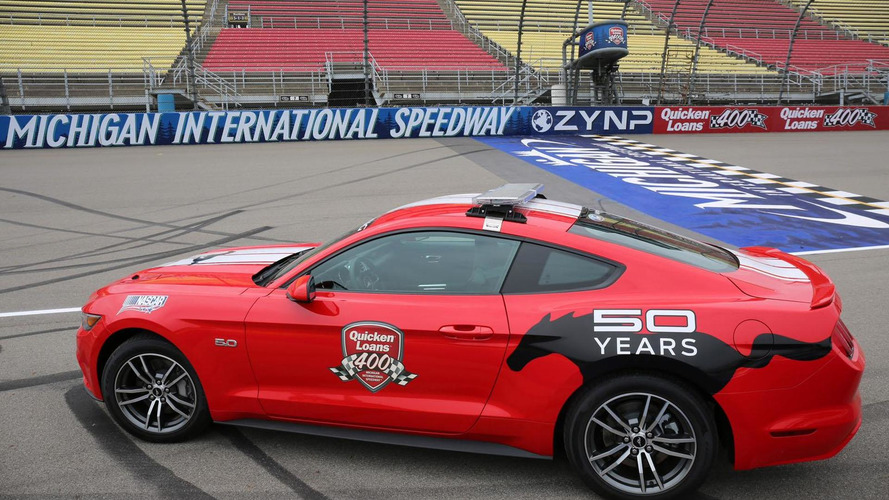 2015 Ford Mustang pace car unveiled