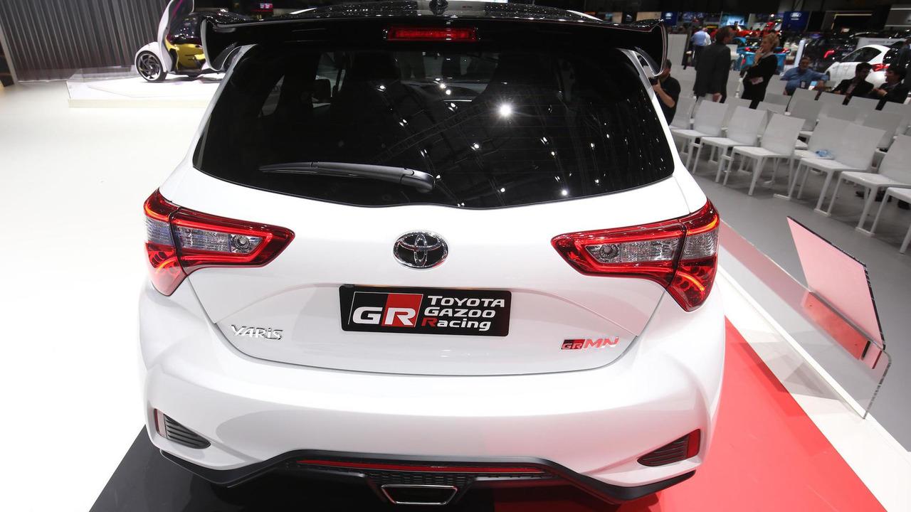 2017 - [Toyota] Yaris, Yaris GRMN - Page 4 Toyota-yaris-grmn