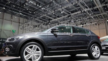 Qoros Cross Hybrid Concept at 2013 Geneva Motor Show