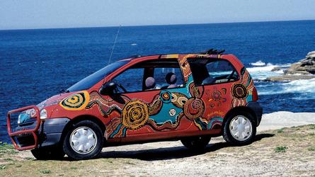 Renault gets nostalgic with 1994 Twingo art car