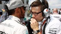 No link between Hamilton engine failures - Mercedes