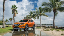 2017 Nissan Rogue gets a prettier face and hybrid powertrain