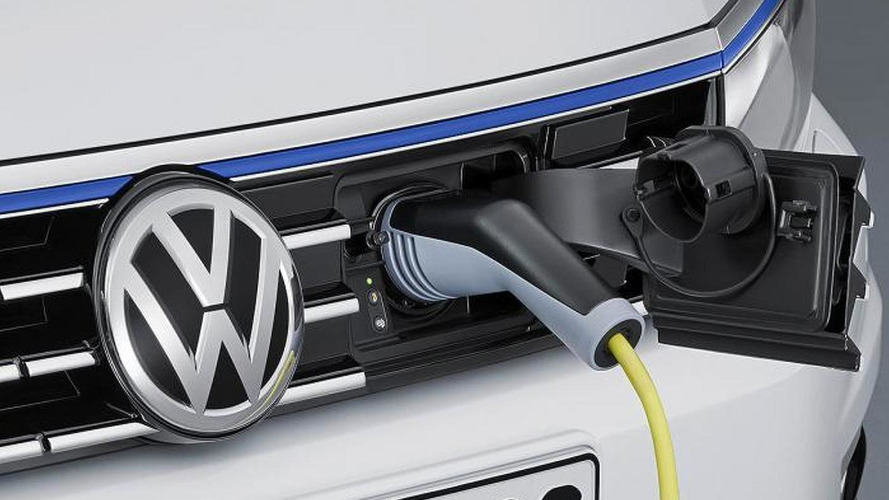 VW's EV concept in Paris previews models with 372-mile range