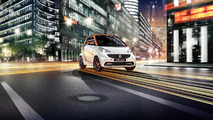 Smart fortwo edition flashlight cabrio introduced in Detroit, will be sold globally