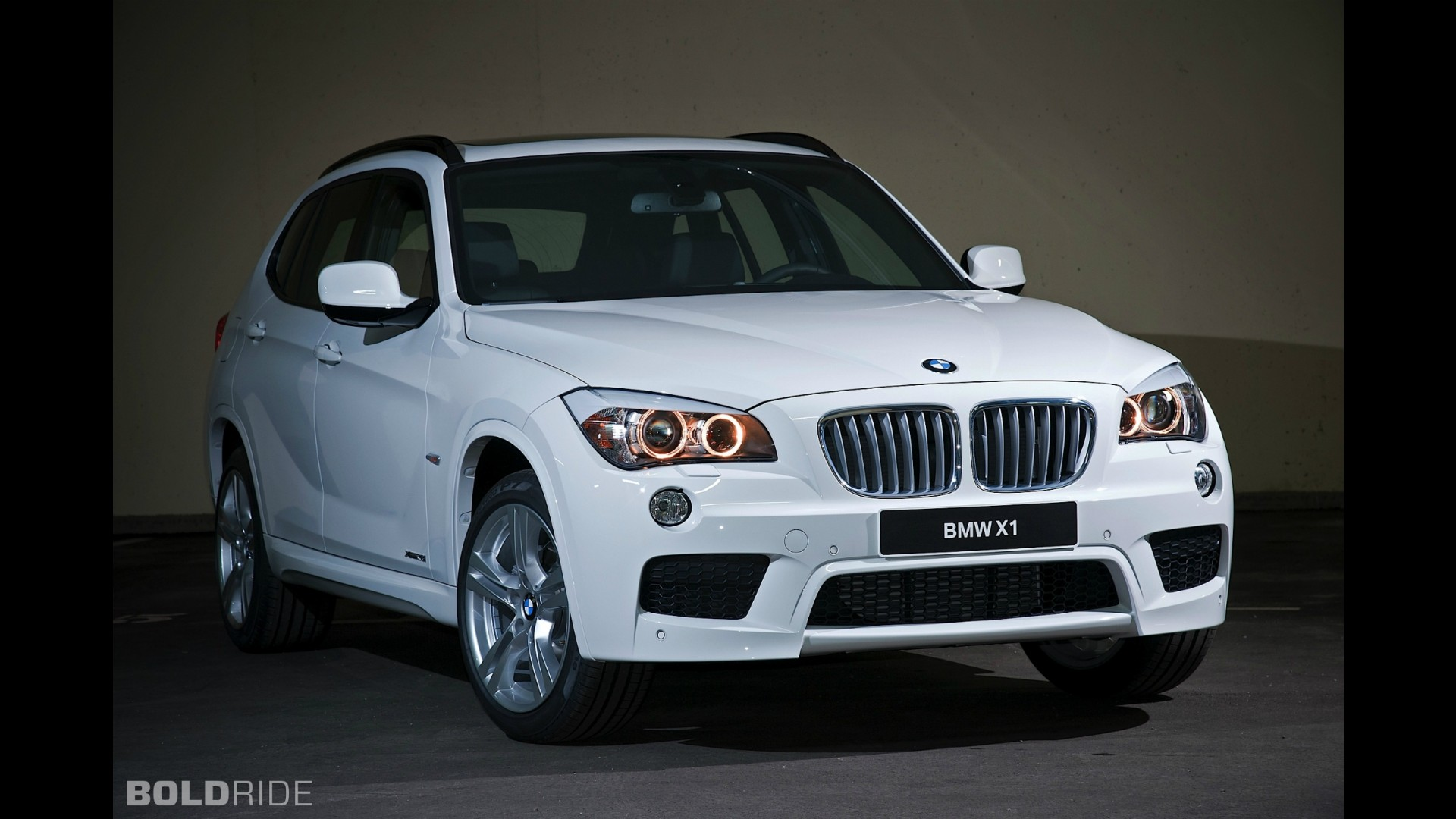 bmw x1 m sport package. Black Bedroom Furniture Sets. Home Design Ideas