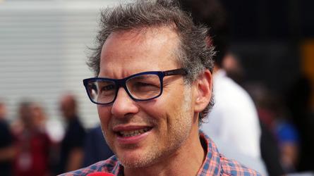 Villeneuve: F1 errou quando começou a ouvir os fãs