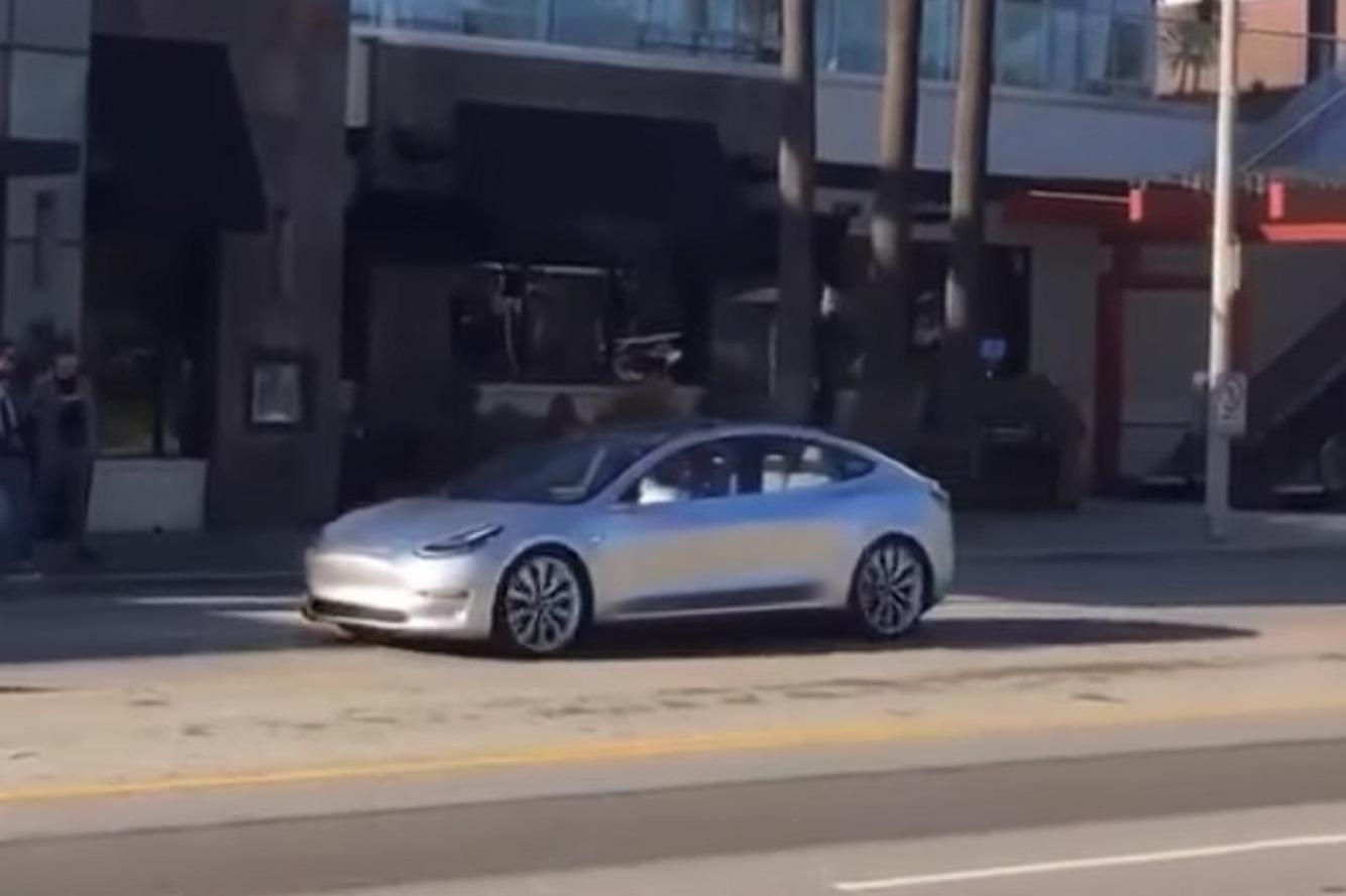 Watch the Tesla Model 3 Make Its First Appearance on Public Roads