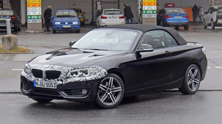 BMW 2 Series Convertible spied showing off new nose