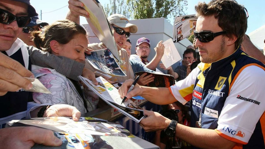 Renault drivers fail to show for autograph session