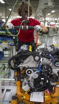 Nissan highlights the Cummins turbodiesel engine in the 2016 Titan XD [video]
