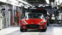 2016 Mazda MX-5 Miata with manual gearbox is 25% more economical than predecessor