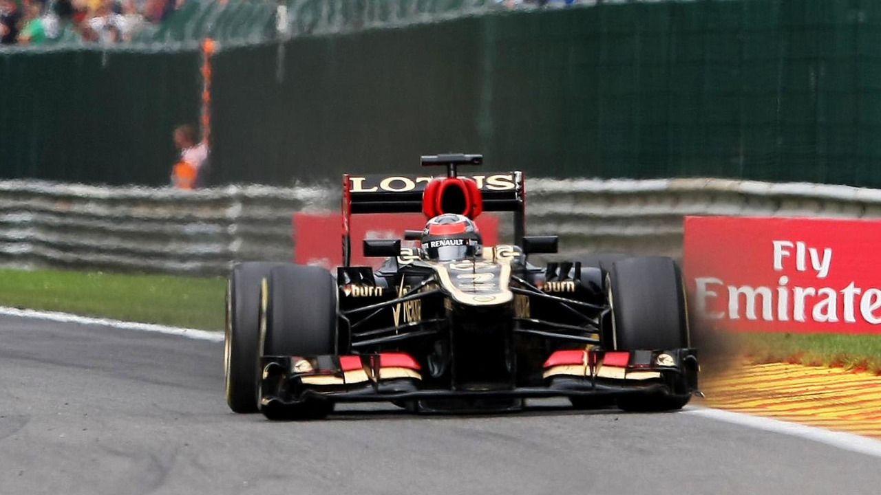 Kimi Raikkonen Lotus F1 E21 with brake dust pouring from the left front wheel 25.08.2013 Belgian Grand Prix