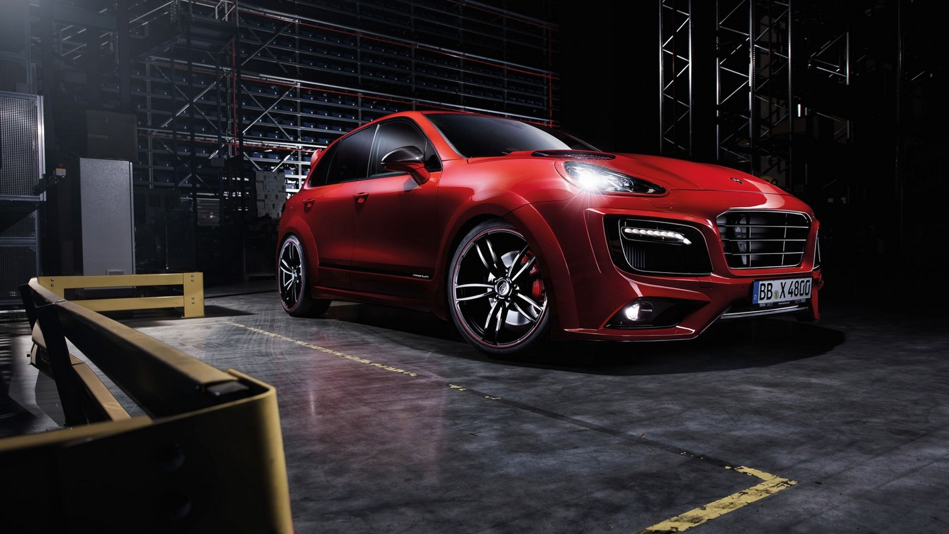 Porsche Cayenne Turbo gains wide body kit and power boost from TECHART