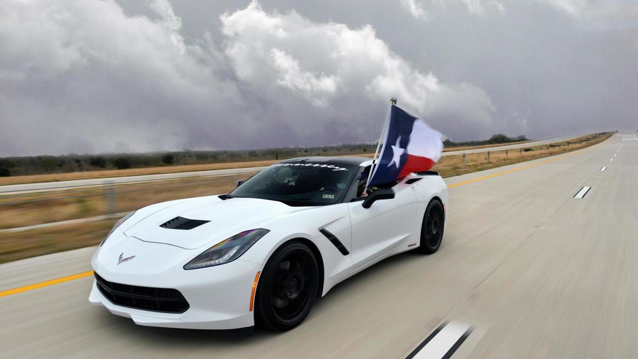Hennessey C7 Corvette Runs 200 MPH on Texas Toll Road