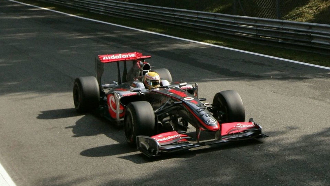 Lewis Hamilton took Pole for the 2009 Italian Grand Prix at Monza