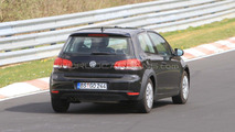 2013 VW Golf VII prototype mule spy photos, Nurburgring, Germany, 28.04.2010