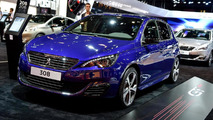 Peugeot 308 GT live in Paris
