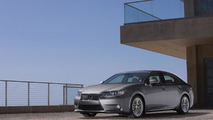 Lexus ES magazine ad comes to life thanks to CinePrint technology [video]