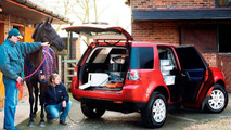 Freelander 2 Goes Commercial