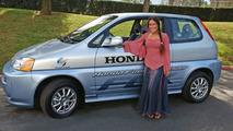Q'orianka Kilcher with her Honda FCX