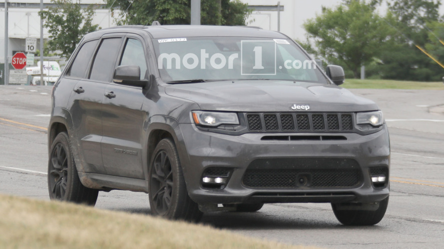 Jeep Grand Cherokee SRT spied with menacing new nose