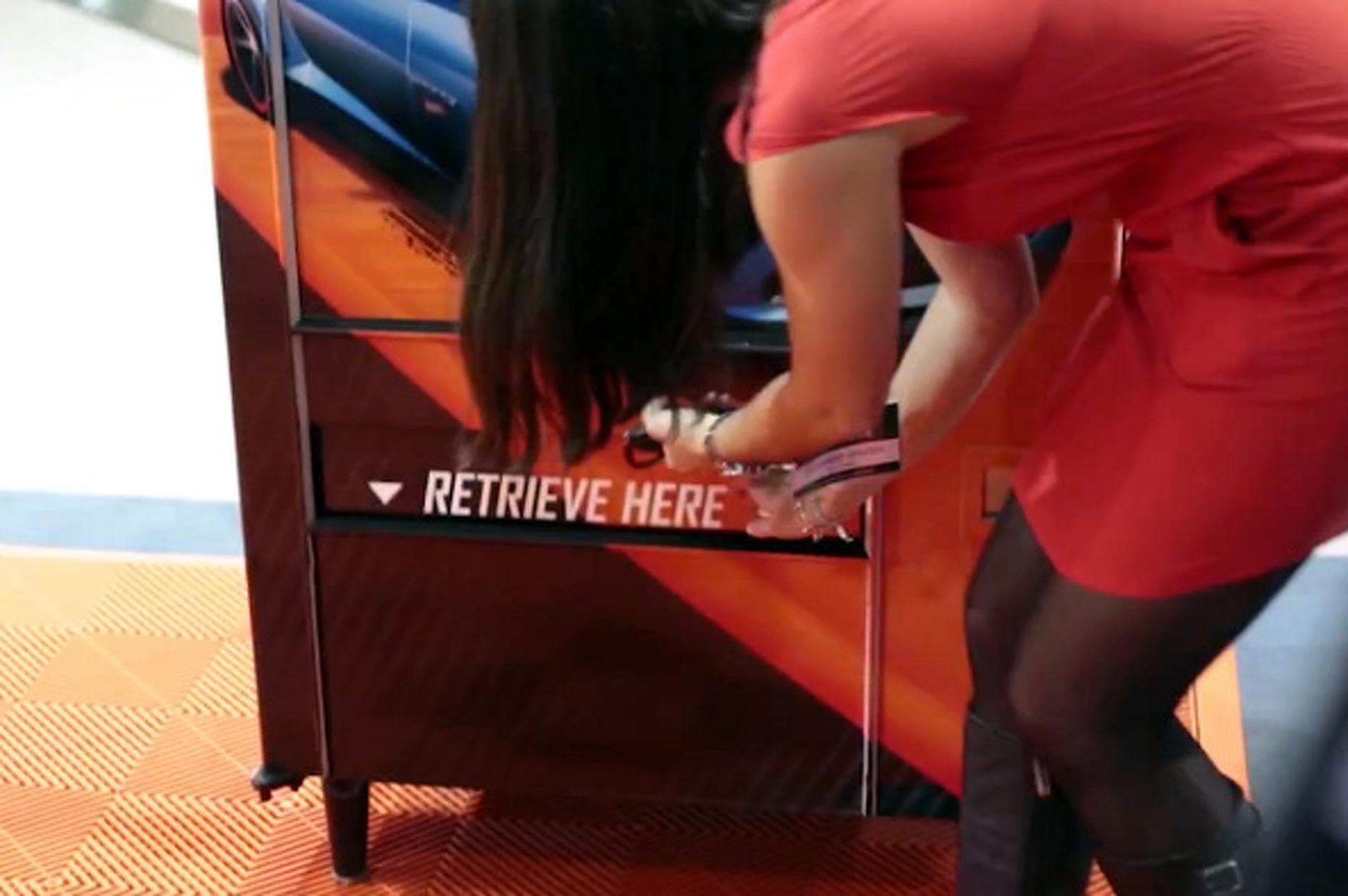 Tweet at This Vending Machine, Receive Hot Wheels Camaro