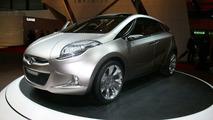 Hyundai Unveils HED-5 'i-Mode' MPV Study at Geneva Show