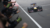 Mid-year tyre switch helped Red Bull - Newey