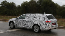 2015 Volkswagen Passat spy photo