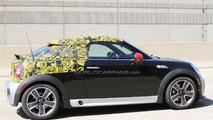 Mini Coupe JCW spied 16.05.2011