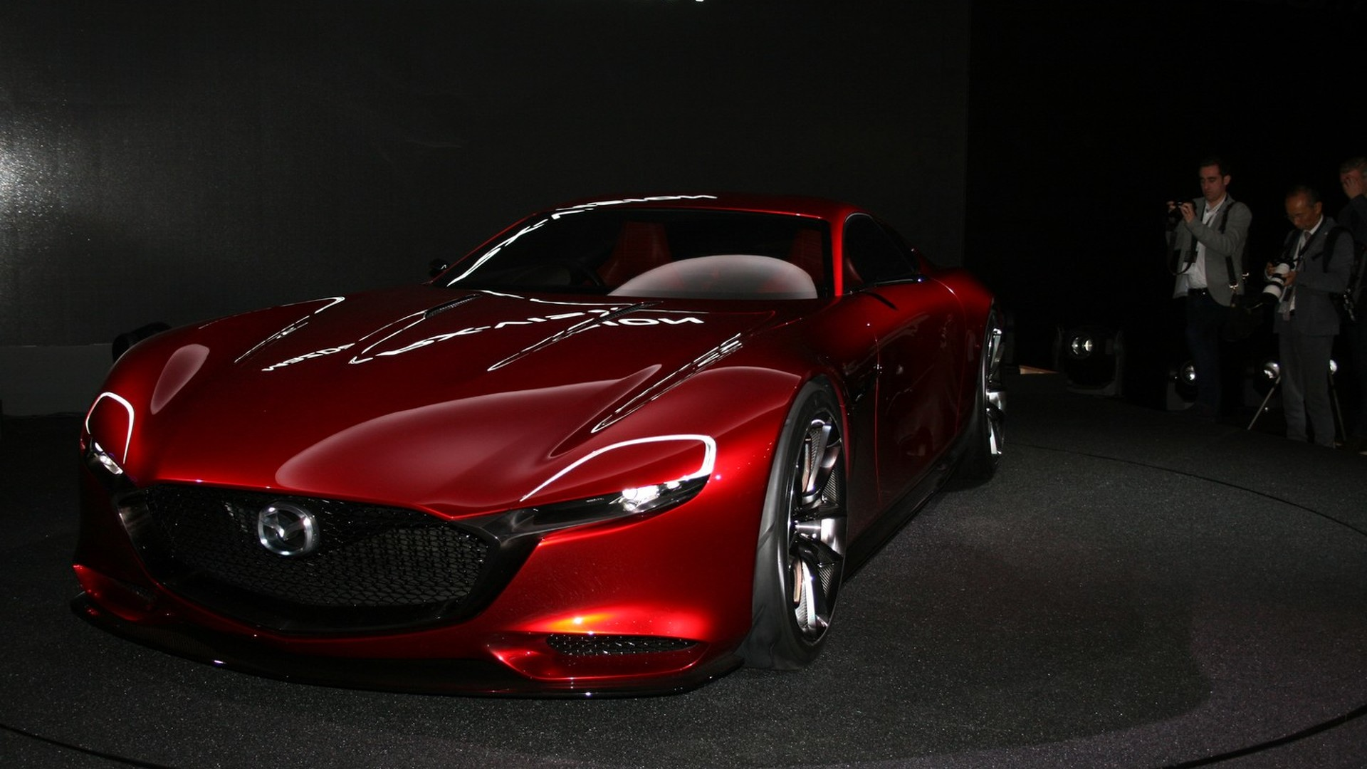 mazda rx vision concept unveiled with a skyactiv r rotary engine. Black Bedroom Furniture Sets. Home Design Ideas