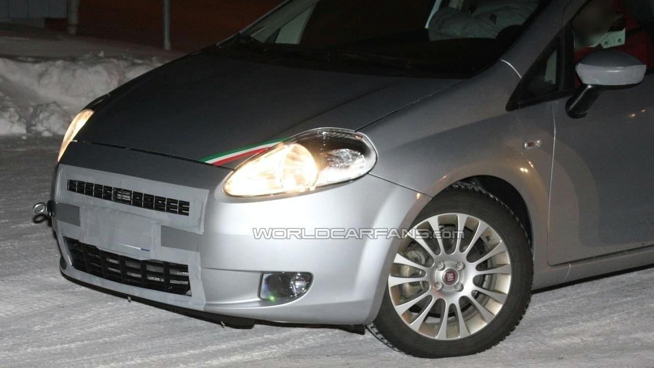 Fiat Grande Punto facelift spy photo