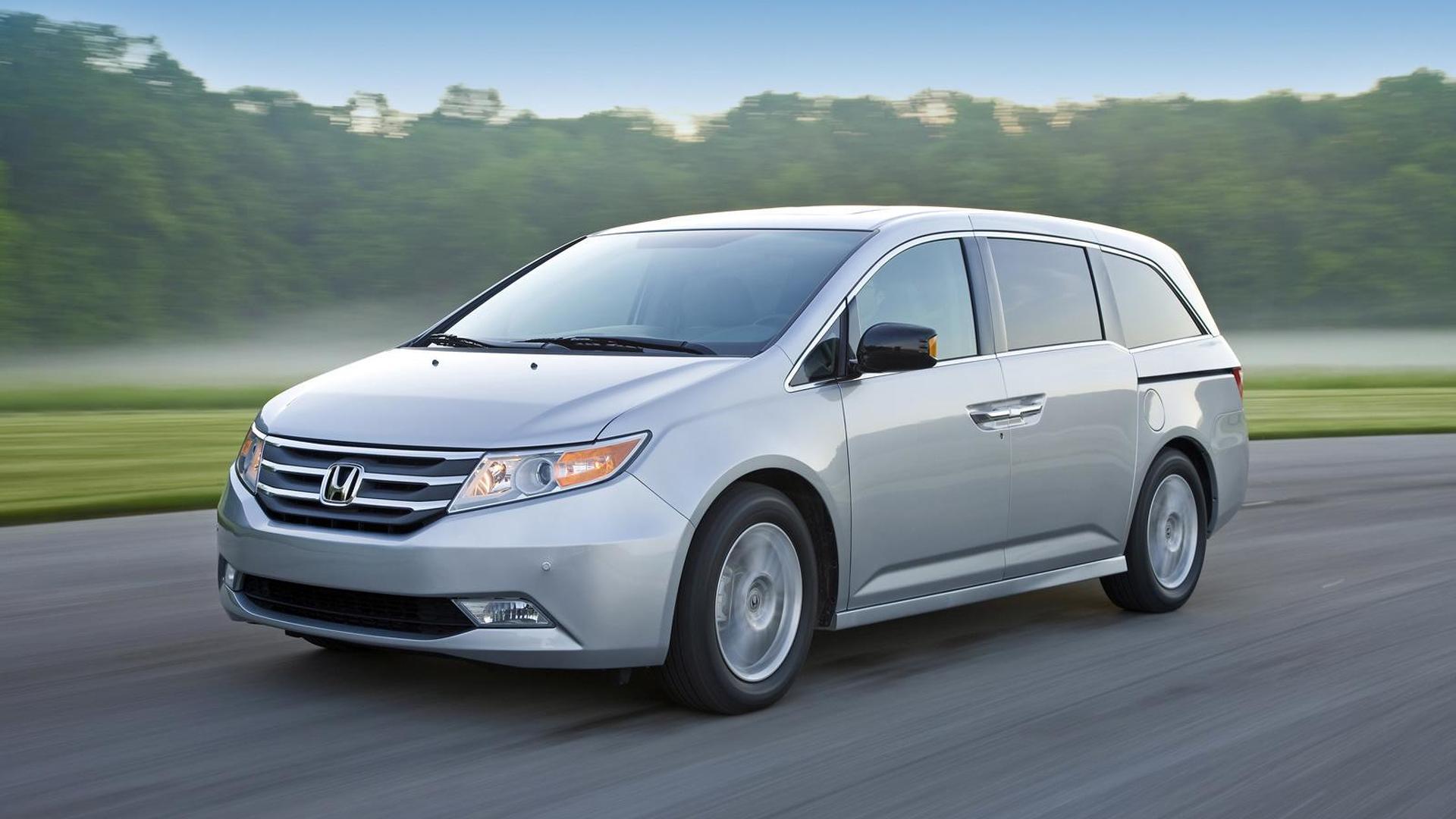 2011 Honda Odyssey Touring Elite minivan revealed
