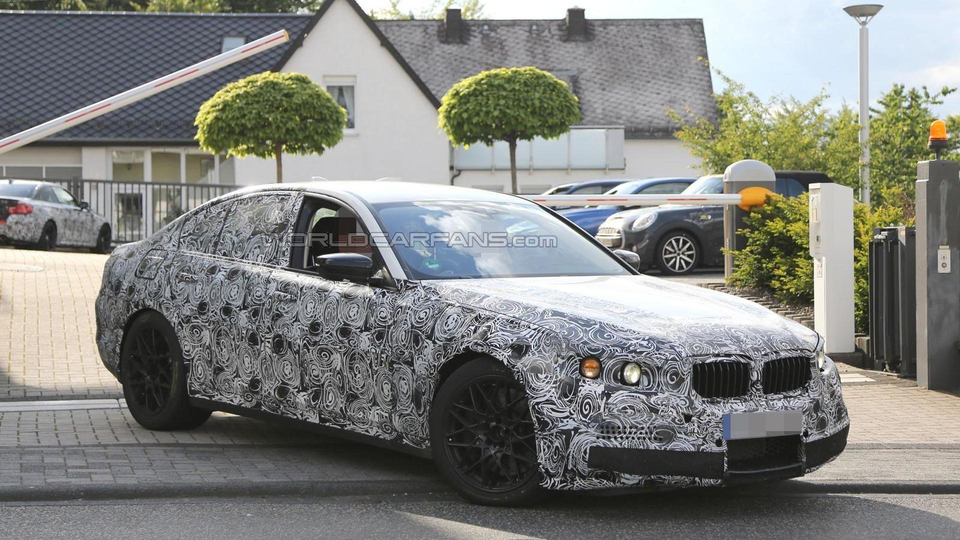 2017 BMW M5 spied on the Nürburgring