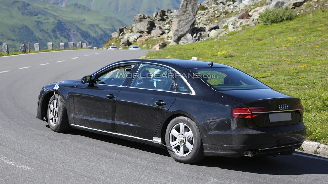 2017 audi a8 expected to get e turbo oled screens and gesture control. Black Bedroom Furniture Sets. Home Design Ideas