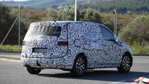 2016 Volkswagen Touran continues to wear full body camo in latest spy pics