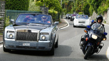 Rolls-Royce procession gets police escort in Italy