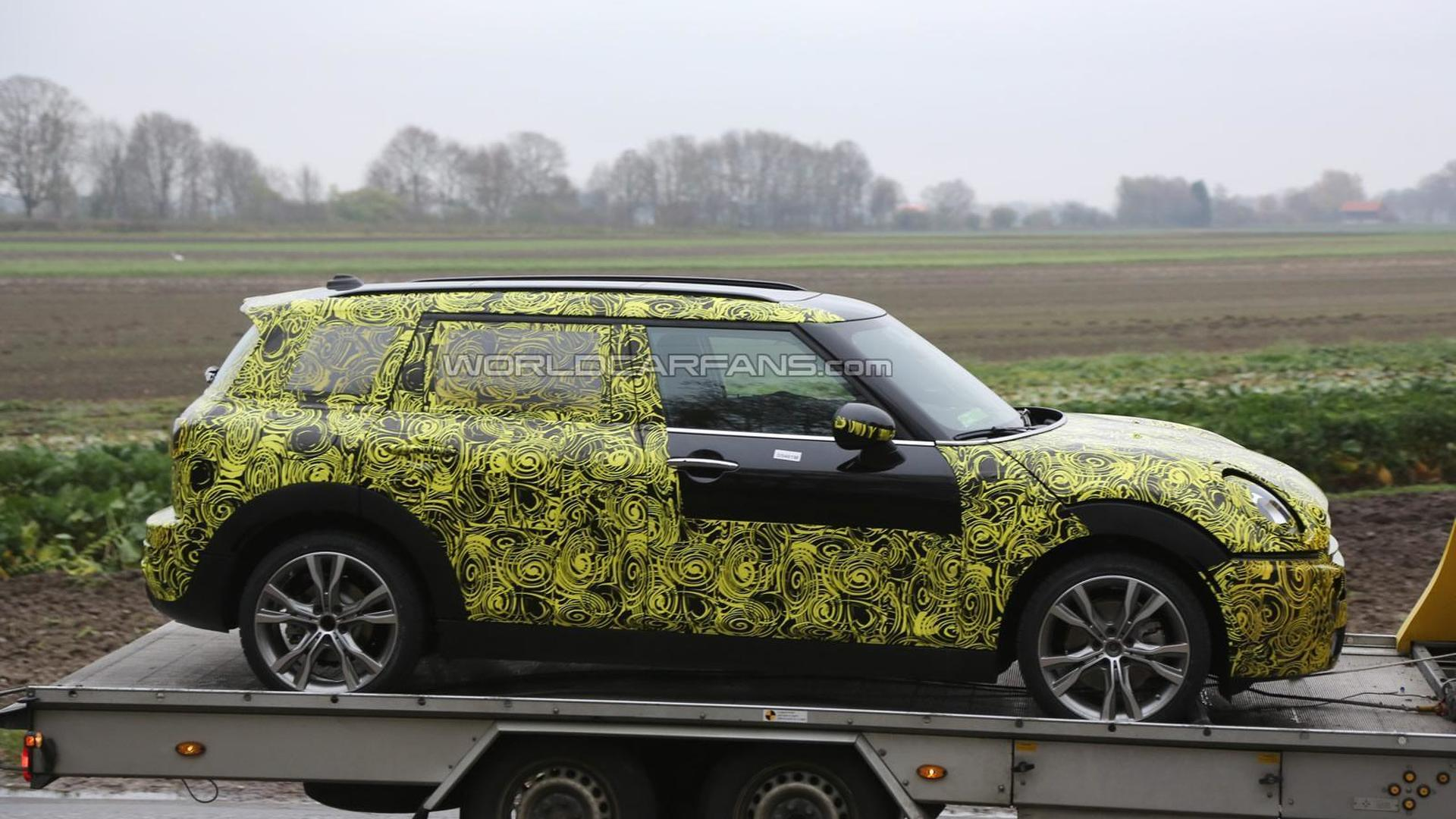 2015 six-door MINI Traveller/Spacebox spied for the first time