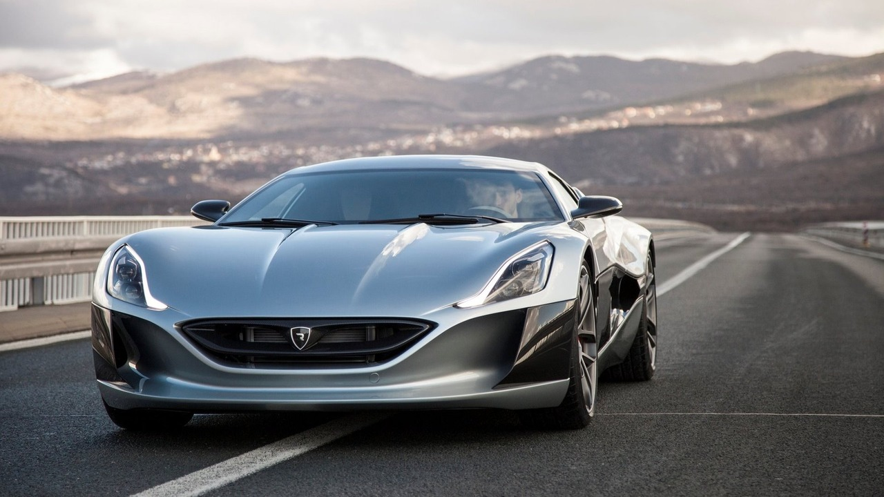 Rimac Concept_One - on board