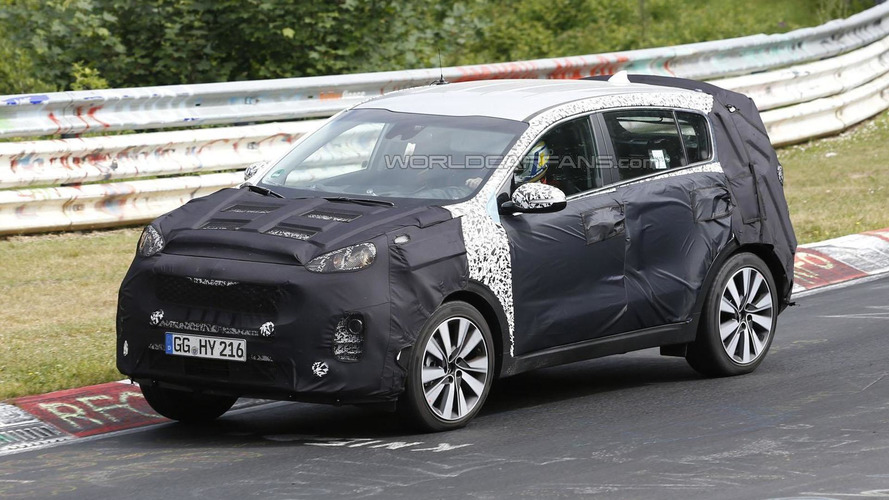 2016 Kia Sportage spied tackling the Nurburgring