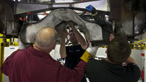 Juke-R: fitting the gearbox and drivetrain 02.11.2011