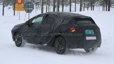 Citroen DS4 Winter Spy Photos