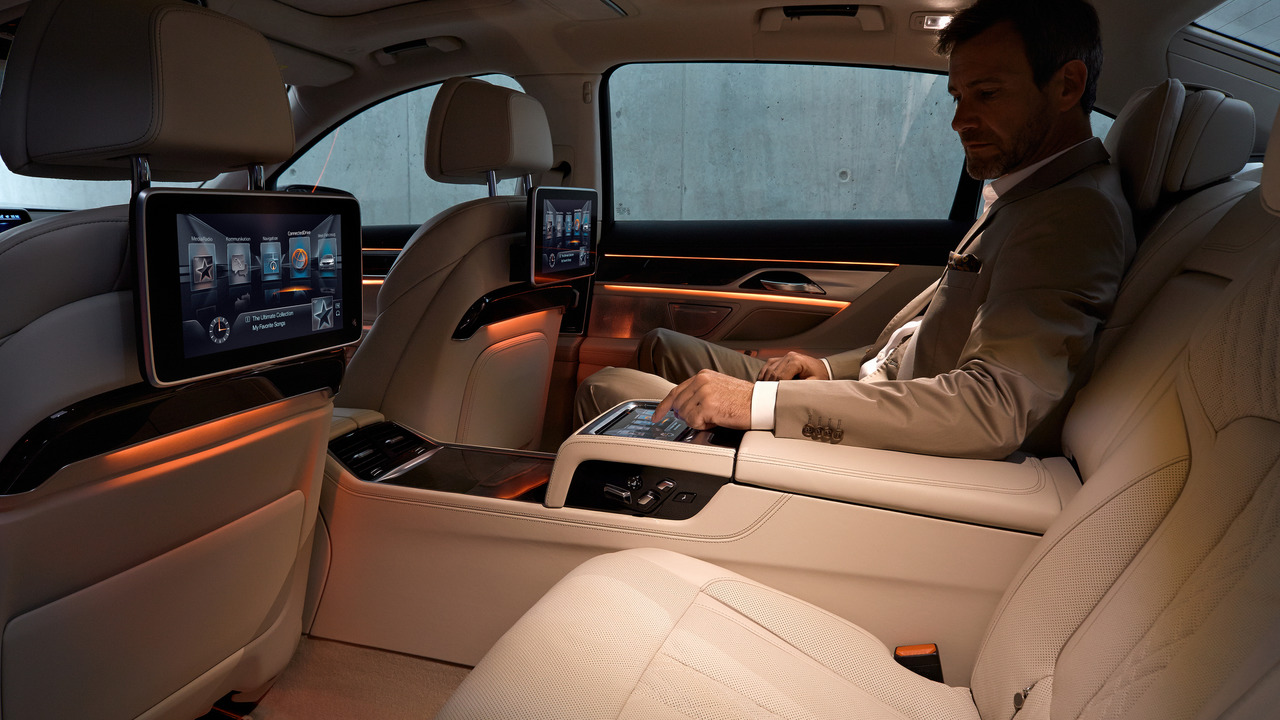 BMW offers built-in SIM card for in-car Wi-Fi hotspot