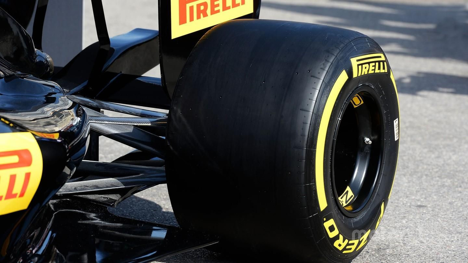 Pirelli says 2017 tyres will be
