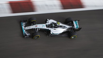 Ecurie de Formule 1 championne du monde cherche pilote !