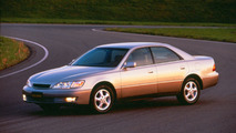 Lexus ES 300 has the most-ticketed owners in the U.S.