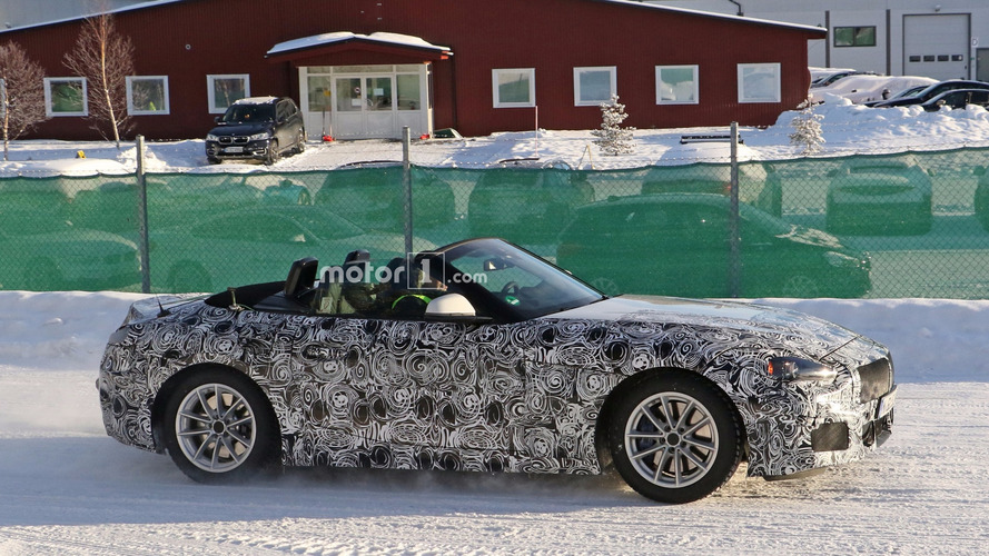 BMW Z5 caught with the top down in chilly Sweden