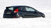 2013 Ford Fiesta Facelift prototype spy photo